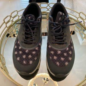 Nike grey leopard sneakers
